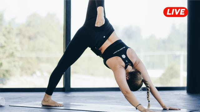 25Ago- Yoga con Vivían