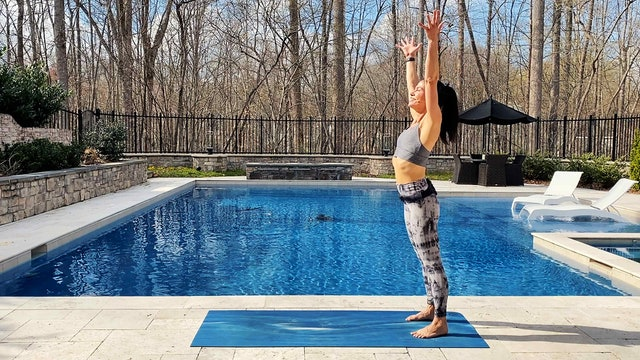 Wake Up and Flow (20-Minute Energizing Flow to Start the Day)
