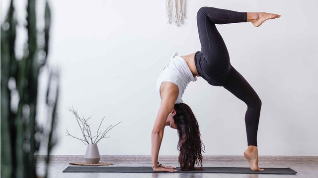 Arm Balances & Inversions - Yoga