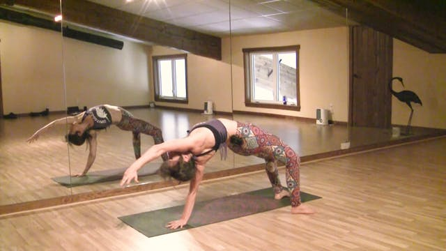 Advanced Yoga Flow Strengthing