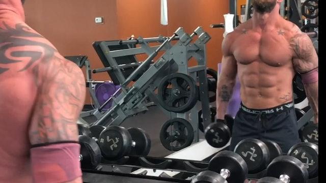 Biceps- Alternating dumbbell curls