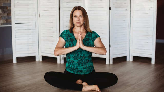 Yoga for Beginners with Audrey: Part 4