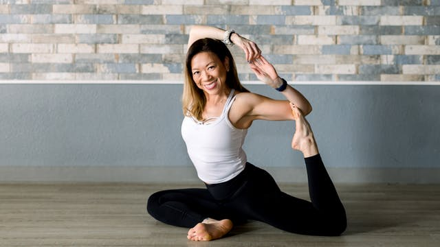 Power Vinyasa with Lisa 01