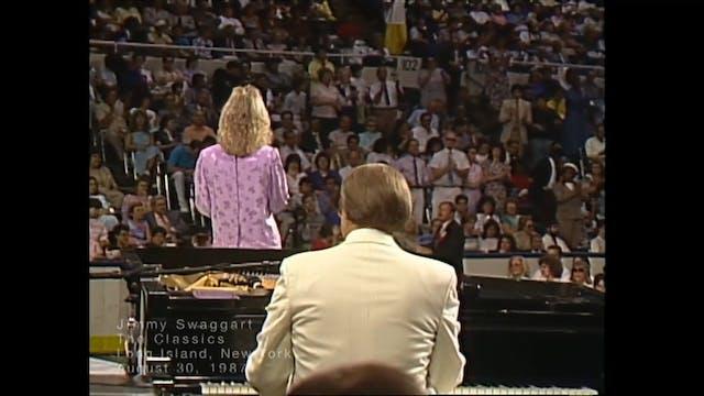 LONG ISLAND NEW YORK - 08/30/1987 SUN...
