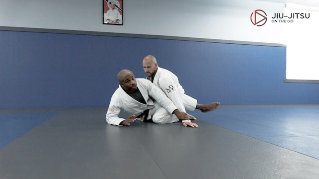 Triangle and Armbar from Guard 3of3