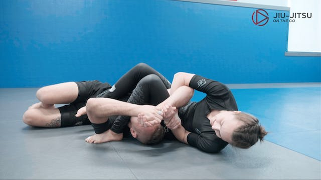 Arm bar from mount 5of7