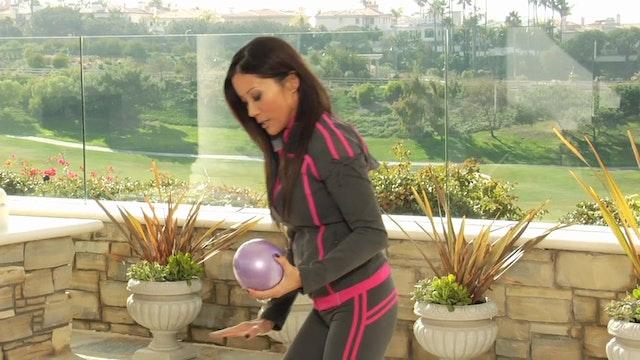 Exercise-Back-Rows-Tubing-Balls