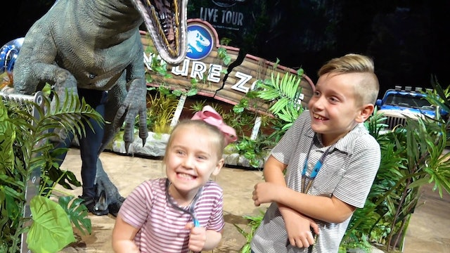 Meeting the Dinosaurs at Jurassic World Live Tour!