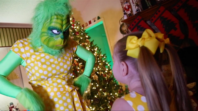 The Grinch Part 7: Gabby Gabby plays Grinchy Grinchy