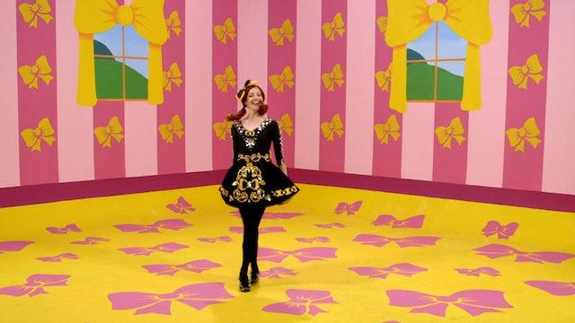 Balla Bambina | I'll Tell Me Ma When I Go Home | Rock-a-Bye Your Bear Ballet