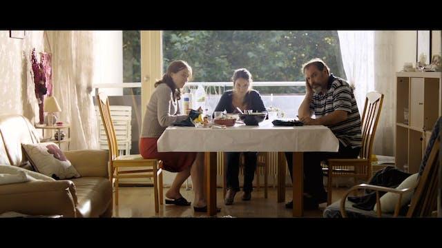 Elles (Trailer)