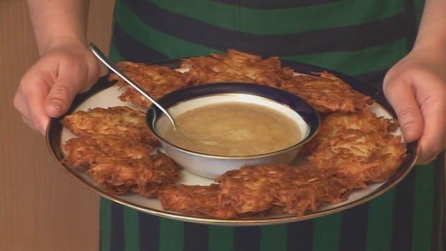 Rebbetzin Tap! How to Make Potato Lat...