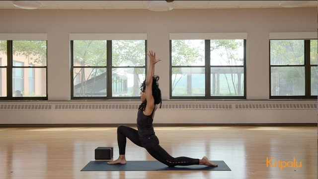 Energizing Yoga Class to Enhance Clarity and Focus