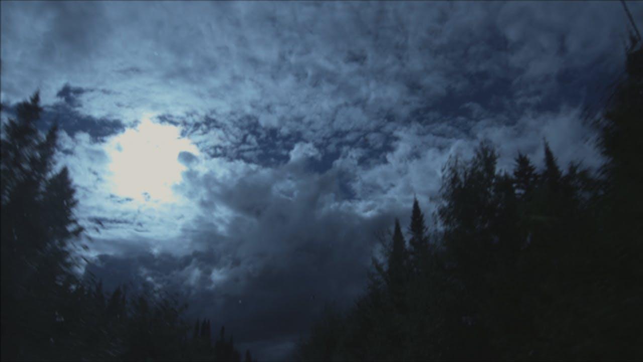 CEUX QUI VIENDRONT, L'ENTENDRONT un film de Simon Plouffe