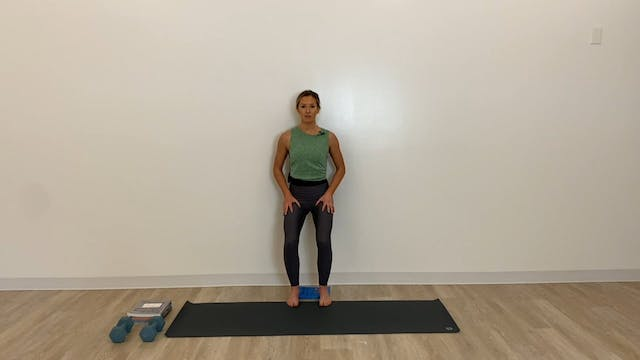 22 minute glues and quads (hip and ba...