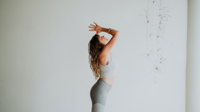 The Cosmic Dance | A Flow with Audra