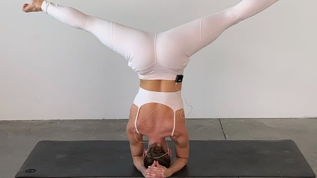 Two Ways to Headstand Tutorial