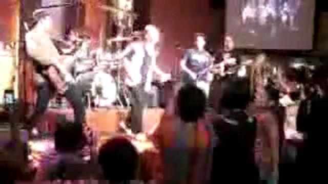 Arnel Pineda Zoo Band - Sweet Child O Mine