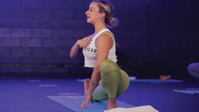 YOGA PROGRESSIVE FLOW