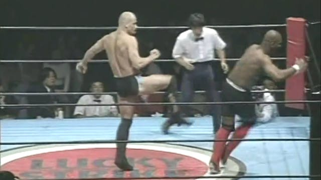 Bas Rutten - Bas in action, interview...