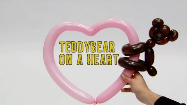 Teddybear on a Heart