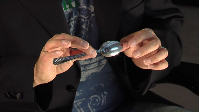 Rigged/Melting Spoon