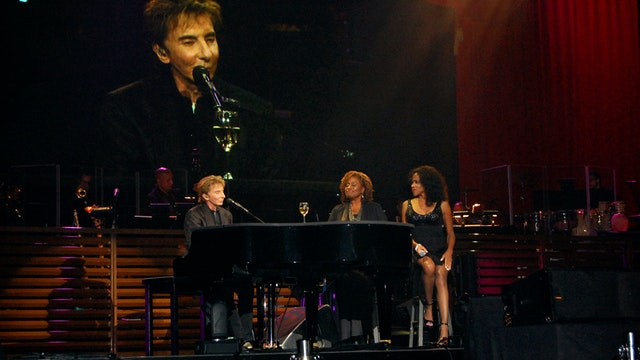 Midnight With Manilow - May 7, 2016 -...