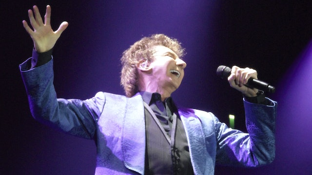 Barry Manilow - O2 Arena, Dublin - May 23, 2012