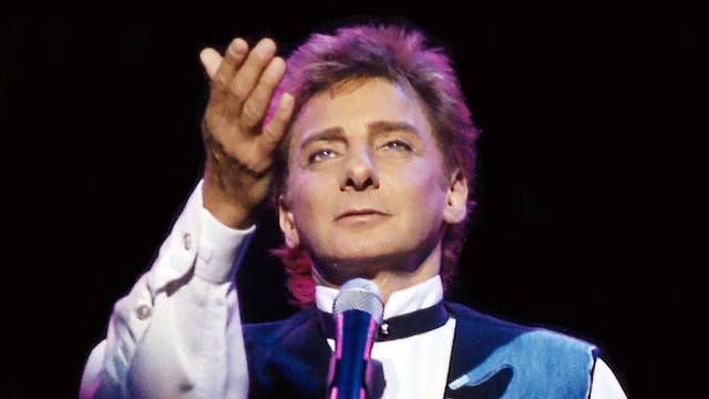 Manilow In The Round - Sheffield, UK ...