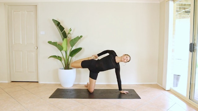 22 Minute Slow Flow - All in the Hips and Back