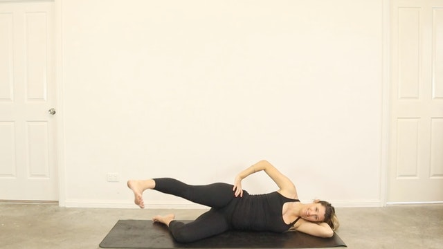 23 Minute Full Body Pregnancy Pilates All Trimesters