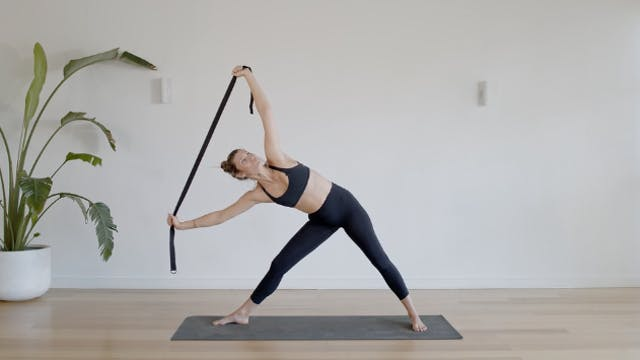 18 Minute Strappy Flow for the Upper ...