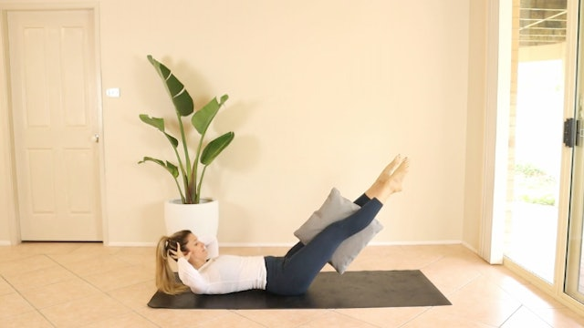 Under 4 Minute Pillow Ab Blast