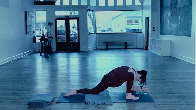 Yin Yoga | Marianne | 8/17