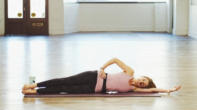 Mat Pilates Side Line | Megan