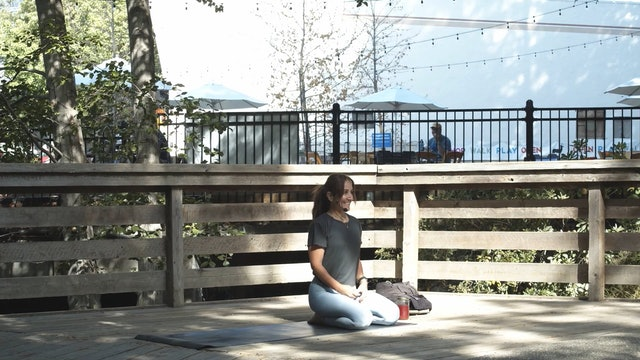Araceli | Outdoor Yoga | 5.29