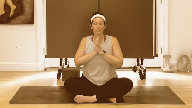 Power Yoga with Amy 001