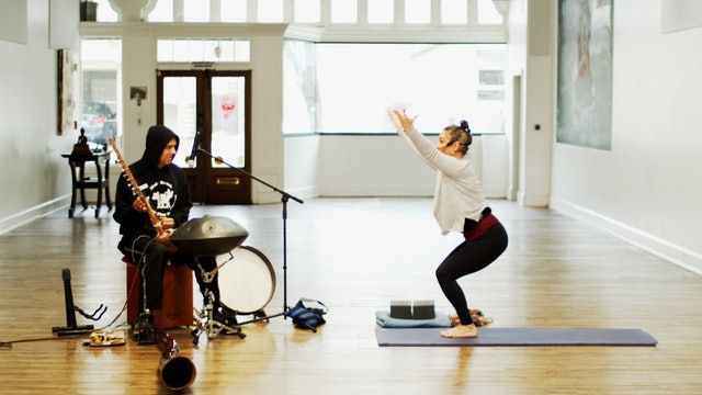 Sunday Service Yoga Flow Live w/Music | Wendy | 1/24