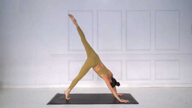 28 Min Yoga Focused Stretching Flow
