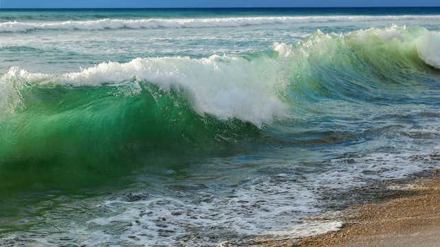 How to Paint a Wave Reference Photo.jpg