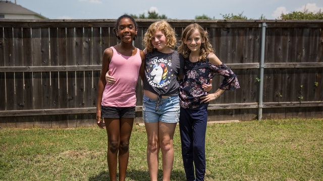The 11-Year-Old Best Friends Transitioning Together