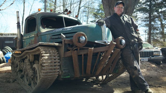 Man Builds 'Tankenstein' from WW2 Tan...