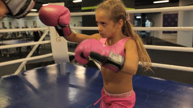 The Knockout Boxer Who's Only 9 - Sto...