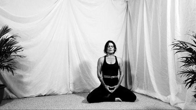 15 min Breath Meditation w/ Amber