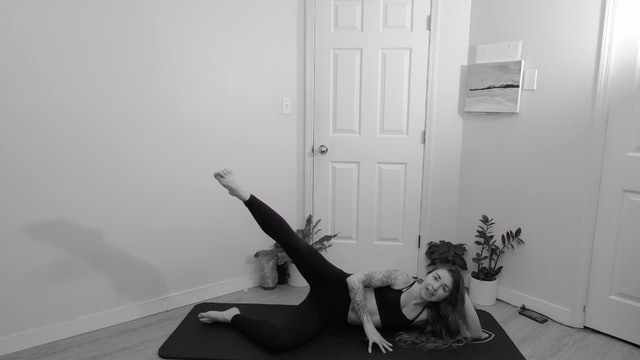 30 min Lower Body & Core Zing w/ Trilby