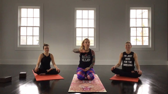 Sleep Mode Yoga Flow with Vanessa Van Noy