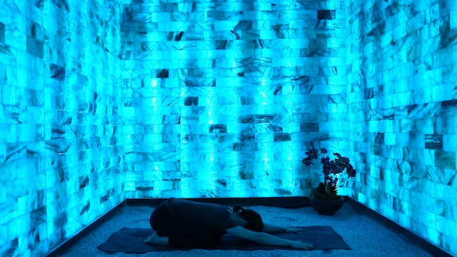 Teal Chroma Yoga Flow for the Throat Chakra with Modrn Sanctuary