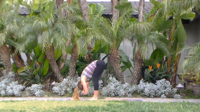 Inversion Yoga Flow with Lindsay McCa...