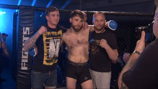 Victory Fights 4 Declan Marshall v Da...