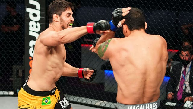 Light heavyweightsAntonio Carlos Jun...